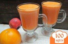 Фото рецепта: «Фреш из моркови яблок и апельсина»