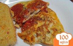 Фото рецепта: «Яичница с помидором и фасолью»
