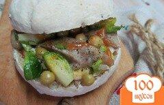 Фото рецепта: «Бутерброд с домашней колбасой и брюссельской капустой»