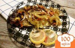Фото рецепта: «Запеченные караси под овощами»