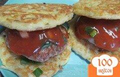 Фото рецепта: «Бутерброд на вермишелевой подушке»