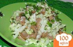 Фото рецепта: «Салат из пекинской капусты с маринованными грибами»