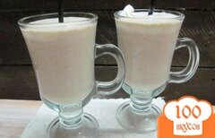 Фото рецепта: «Смузи из замороженного банана овсянки и мороженого»