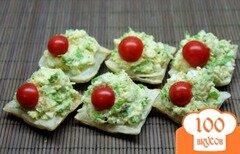 Фото рецепта: «Сырная закуска с яйцом и чесноком»