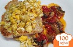 Фото рецепта: «Бутерброд с яйцом и грибами»