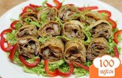 Фото рецепта: «Закусочные блины с фасолью и шампиньонами»