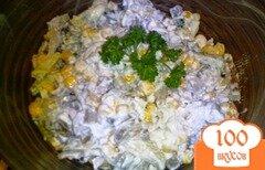 Фото рецепта: «Салат с курицей и шпинатом в омлете»