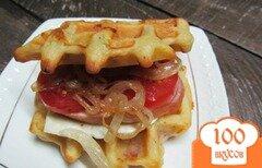 Фото рецепта: «Бутерброд на вафлях»