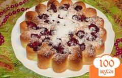 Фото рецепта: «Бисквитный пирог с вишней»