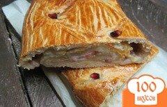 Фото рецепта: «Пирог с творогом и хурмой»