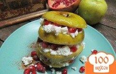 Фото рецепта: «Сэндвич из яблока и творога»