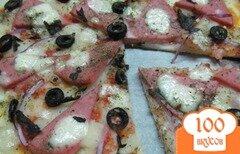Фото рецепта: «Пицца с колбасой и картофельным пюре»