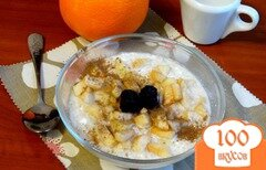 Фото рецепта: «Утренняя овсянка с творогом, яблоками и корицей»
