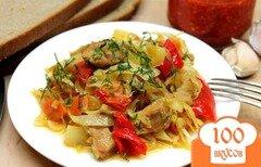 Фото рецепта: «Капуста тушеная с телятиной и перцем»