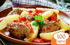 Фото рецепта: «Котлеты в духовке с томатным соусом»