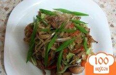 Фото рецепта: «Рисовая лапша с курицей и овощами»