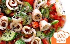 Фото рецепта: «Овощной салат с кальмарами»