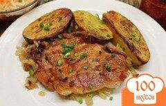 Фото рецепта: «Свиная корейка запеченная с чесноком и картофелем»