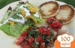 Фото рецепта: «Лосось с салатом из помидоров и базилика»