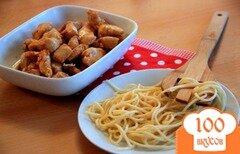 Фото рецепта: «Курица в соево-медовом соусе с пастой»