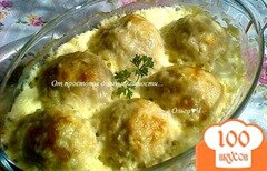 Фото рецепта: «Куриные шарики с кабачком в сливочном соусе»