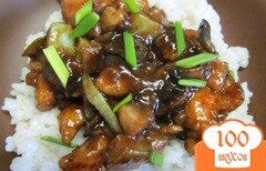 Фото рецепта: «Стир-фрай из курицы грибов и кабачка»
