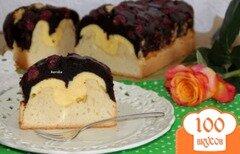 """Фото рецепта: «Шоколодно-творожный кекс с вишней """"Миледи""""»"""