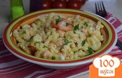 Фото рецепта: «Рожки в сливочно-креветочном соусе»