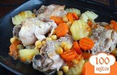 Фото рецепта: «Курица запеченная с овощами и нутом»