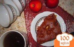 Фото рецепта: «Шоколадный кекс с яблоками на кефире»