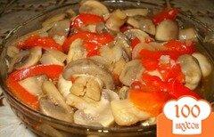Фото рецепта: «Маринованные грибы с перцем»