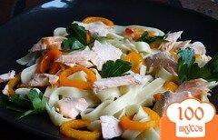Фото рецепта: «Паста с лососем и перцем-гриль»