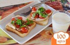 Фото рецепта: «Бутерброд с куриной грудкой и горчицей»