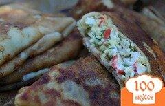 Фото рецепта: «Блинчики закусочные с крабовыми палочками»
