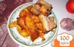 Фото рецепта: «Свиные ребра запеченные с овощами и фасолью»