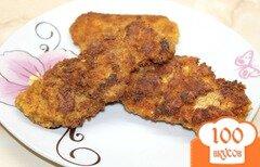 Фото рецепта: «Куриные отбивные в панировке с сыром и итальянскими травами»