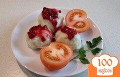 Фото рецепта: «Картофельный кропкакор под брюсничным соусом»