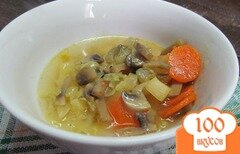 Фото рецепта: «Суп с грибами и капустой»
