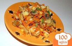 Фото рецепта: «Салат из маринованных грибов и моркови по-корейски»