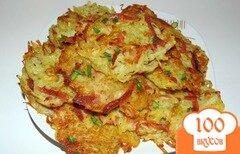 Фото рецепта: «Картофельные драники с сосисками»