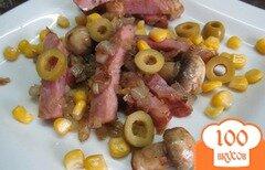 Фото рецепта: «Теплый салат из ветчины с грибами»