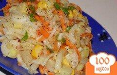Фото рецепта: «Салат из маринованной капусты и картофеля»