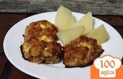 Фото рецепта: «Запеченные котлеты с яично-сырной начинкой»