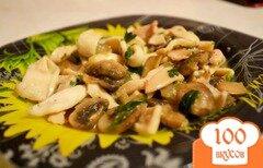 Фото рецепта: «Кальмары, тушеные с грибами»