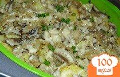 Фото рецепта: «Запеченный картофель с вешенками под сыром»