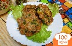 Фото рецепта: «Котлеты из кеты с горошком и кукурузой»