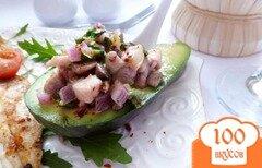 Фото рецепта: «Грибная сальса в авокадо»