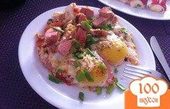 Фото рецепта: «Яичница-глазунья на завтрак»