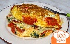 Фото рецепта: «Омлет с лавашом и помидорами в мультиварке»
