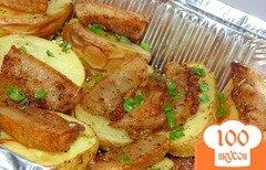 Фото рецепта: «Картофель запеченный с салом в фольге»